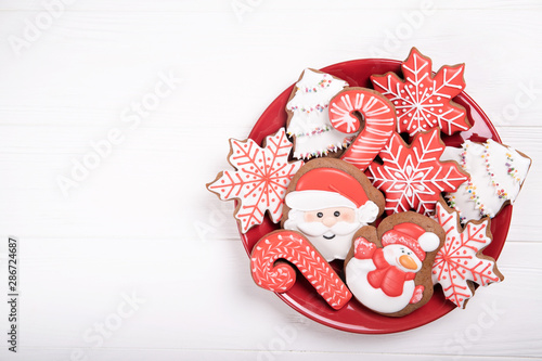 Photo  Christmas cookies on a plate
