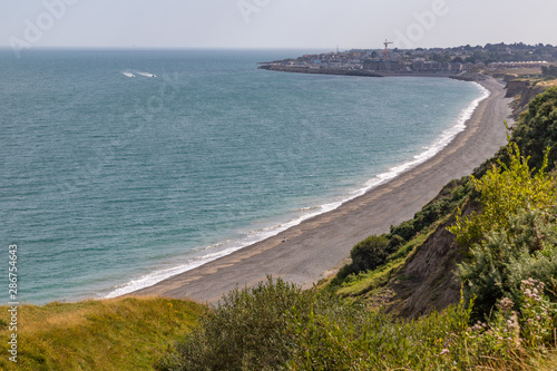 Fotografie, Obraz Greystones beach in Cliff walk trail