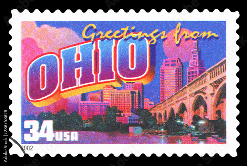 Papel de parede  UNITED STATES OF AMERICA - CIRCA 2002: a postage stamp printed in USA showing an image of the Ohio state, circa 2002