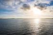 Sonnenaufgang über dem Bodden an der Ostsee auf Insel Rügen