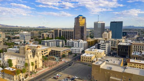 Fotomural Blue Skies Aerial Perspective Downtown City Skyline Tucson Arizona