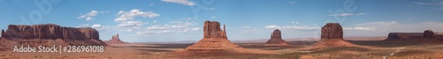 Fototapeta Wide panorama of the monument valley from the Visitor center obraz