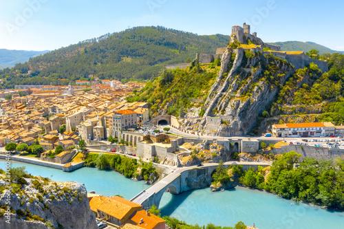 Montage in der Fensternische Paris Sisteron is a commune in the Alpes-de-Haute-Provence department in the Provence-Alpes-Côte d'Azur region in southeastern France