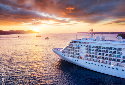 Fototapeta Croatia. Aerial view at the cruise ship during sunset. Adventure and travel.  Landscape with cruise liner on Adriatic sea. Luxury cruise. Travel - image obraz
