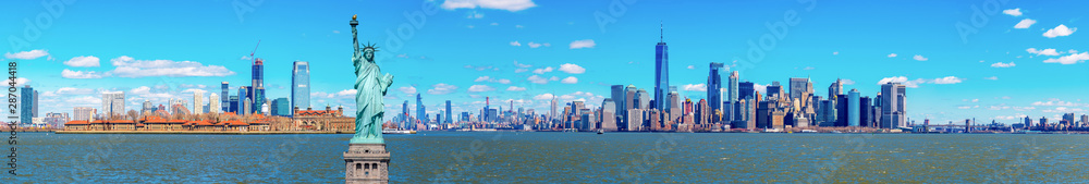 Fototapety, obrazy: Panorama of The Statue of Liberty with the One world Trade building center over hudson river and New York cityscape background, Landmarks of lower manhattan New York city.