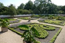 Mount Vernon Garden At Claverton Manor