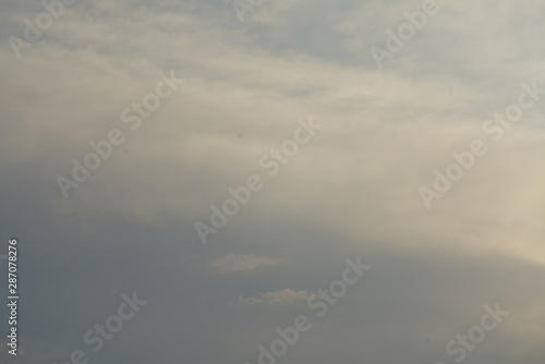 Türaufkleber Darknightsky Blue orange grey cloudy sky