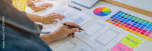 Fotomural  Creative Web Designer planning application and developing template layout, framework for mobile phone