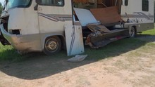 Motorhome Accident Wreck On Su...