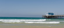 Lazy Surf Ate Newport Beach With Pier At Horizon Line