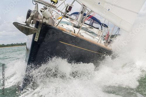 Sailing Boat Yacht in Rough Seas Obraz na płótnie