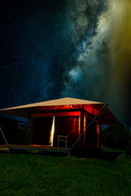 Magnificent Milky Way Night Sk...