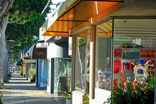 Some Small Shops Along Robertson Blvd In Los Angeles.