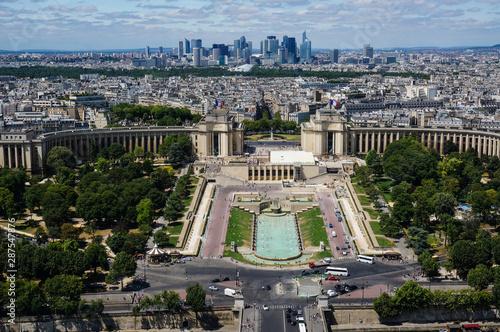 view on Trocadero and La defense in Paris Wallpaper Mural