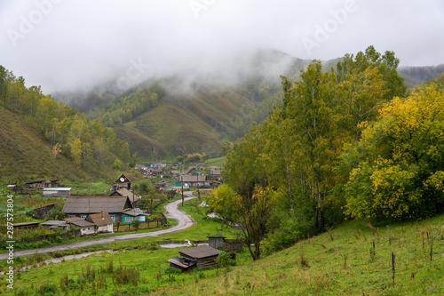 Komar village on the river Sarasa, Altay region - 287573804