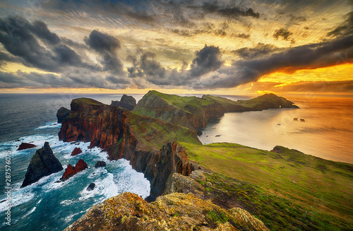 Obraz Krajobraz wyspy Madera - Ponta de sao Lourenco - fototapety do salonu