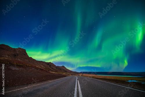 Foto auf Gartenposter Nordlicht Amazing Northern lights, aurora borealis at Vesturhorn mountain in Iceland