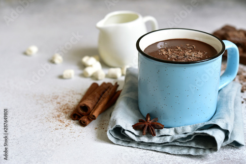Foto auf Leinwand Schokolade Hot chocolate - winter spicy drink.
