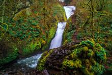 Bridal Veil Falls, Columbia Ri...