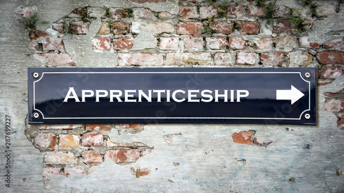 Photo Street Sign to Apprenticeship