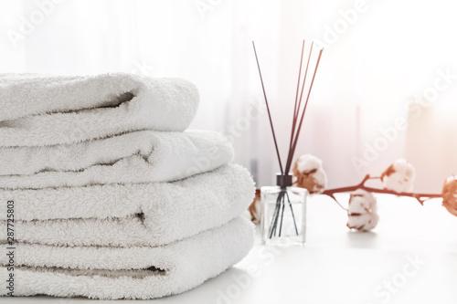 Stack of white cotton clean towels close-up Obraz na płótnie
