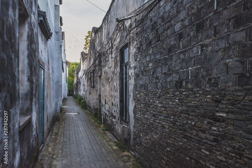 Poster Ruelle etroite Narrow alley in Nanxun, Zhejiang, China