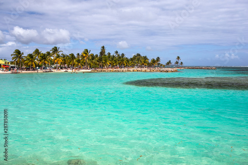 Photo Stands Island Beautiful view of caribbean lagoon