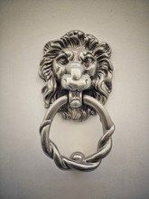 Lion Head Metal Door Knocker