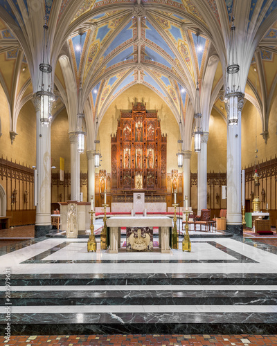 Photo Altar and sanctuary of the historic Cathedral of St