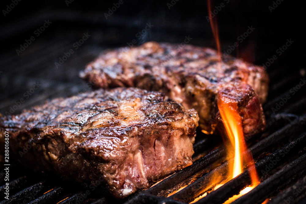 Fototapety, obrazy: Barbecue ancho steak. Ancho steak on the barbecue.