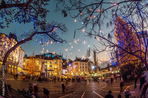 Fototapeten New York Romantic Ljubljana's city center decorated for Christmas holidays. Preseren's square, Ljubljana, Slovenia, Europe.