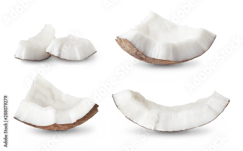 Fotomural set of coconut pieces isolated on white