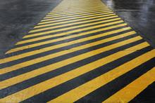 Yellow-black Signal Strip At T...