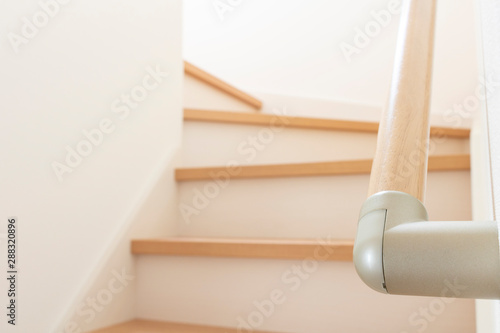 Valokuvatapetti 新築住宅の階段の手すり