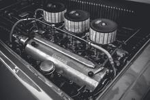 Old Ferrari Engine