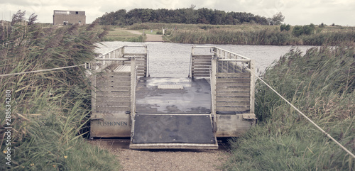 Canvas Print The little cable ferry