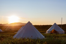 Glamping On The Pacific Coast