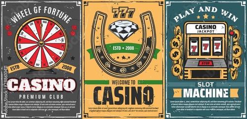 Photographie  Poker, slot machine 777 in casino, lucky horseshoe