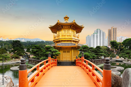 Photo  Chi Lin Nunnery of Nan Lian Garden situated at Diamond hill, Hong Kong, China du