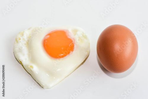 Deurstickers Gebakken Eieren Chicken eggs and Fried eggs