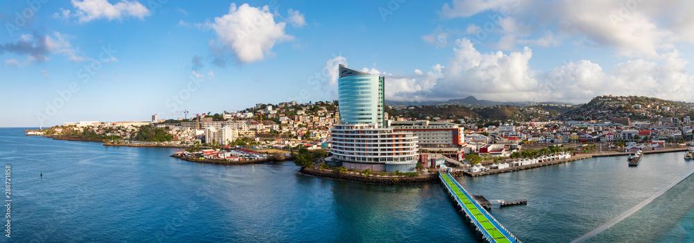 Fototapety, obrazy: Im Hafen von Fort de France auf der Insel Martinique- ein Panorama