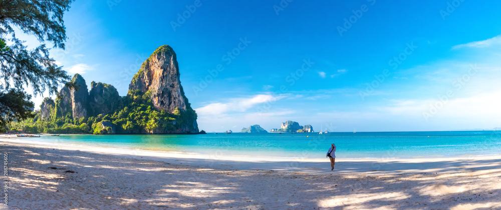 Fototapety, obrazy: Woman running on amazing Railay beach in Krabi Thailand. Tropical resort.