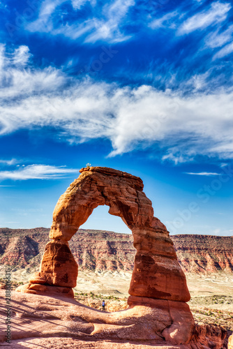 Obraz Delicate Arch in Arches National Park at Sunrise, Utah, USA - fototapety do salonu