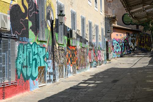 Grafitti im Plaka-Quartier in Athen, Griechenland © tauav