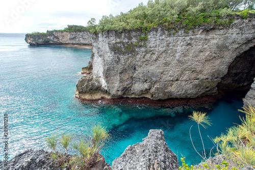 ニューカレドニア ロイヤルティ諸島 マレ島の勇士の跳躍