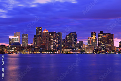 Keuken foto achterwand Verenigde Staten Boston skyline at dusk with skyscrapers reflection on the ocean, Massachusetts, USA
