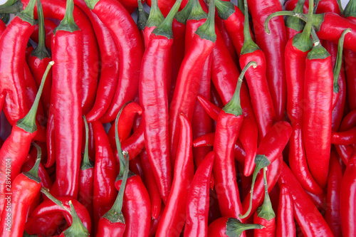 Spoed Foto op Canvas Hot chili peppers red hot chili peppers for food texture