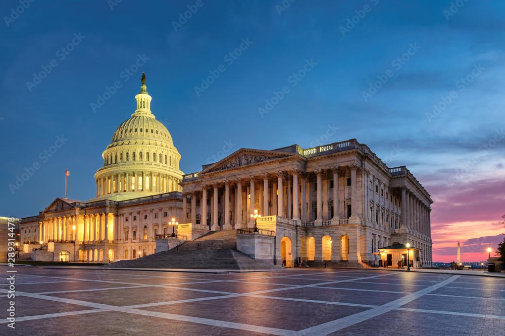 Fototapety, obrazy: US Capitol Building at night, Washington DC, USA.