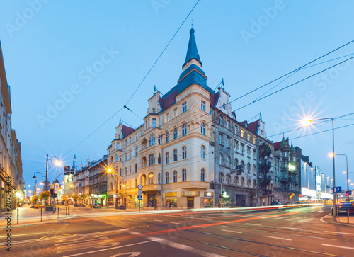 Foto auf AluDibond Osteuropa The old building in the evening. Katowice