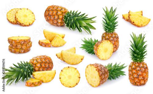 Cuadros en Lienzo Fresh pineapple on white background